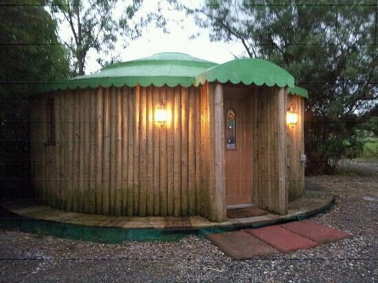 Strickland Arms: The Yurt