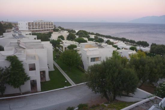 Dimitra Beach Resort Hotel: Bungalows