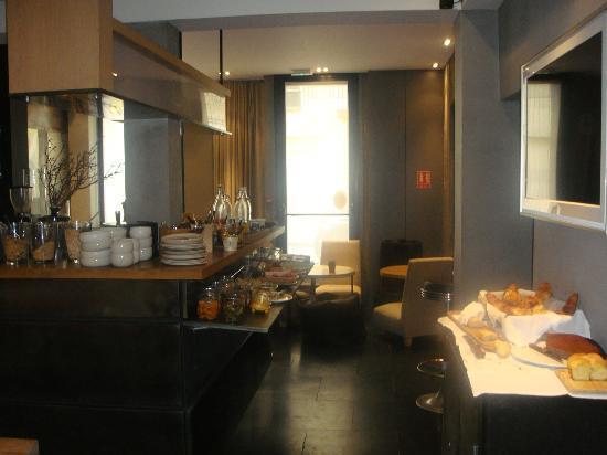 Hidden Hotel by Elegancia: Dining