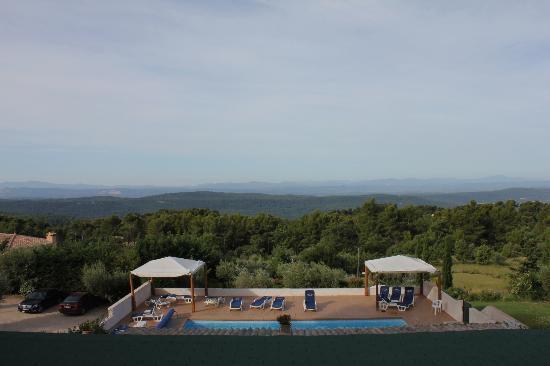 Hotel La Petite Auberge: Gigantischer Fernblick nach Süden