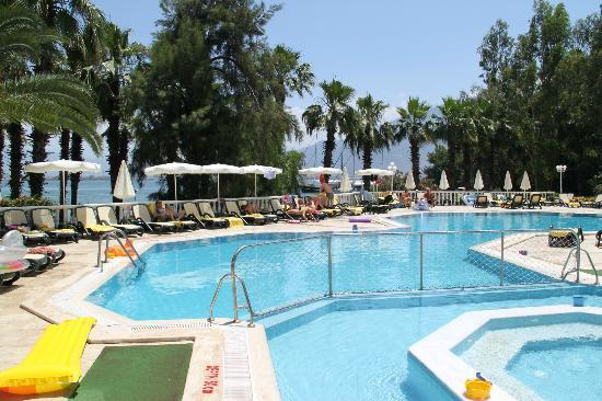 Letoonia Club & Hotel: Pool area