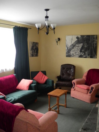 Blackberry Lodge Hostel: Common room