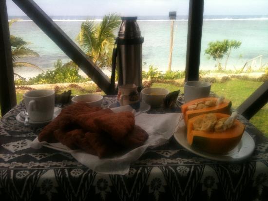 ناموكا باي لاجون: Lovely Breakfast 