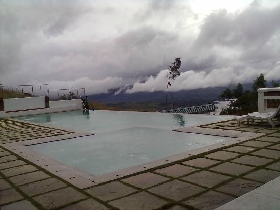 Mountain Club Resort: Infinity Pool