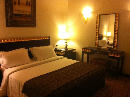 Lexington Gloria Hotel Doha: Bedroom
