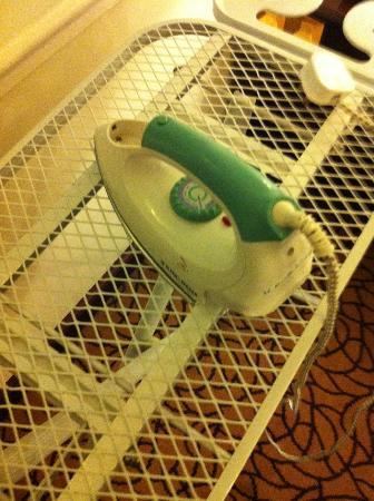 Lexington Gloria Hotel Doha : Iron and ironing board as provided by staff