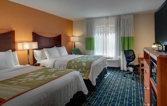Fairfield Inn & Suites Seattle Bellevue/Redmond: Double Queen Room