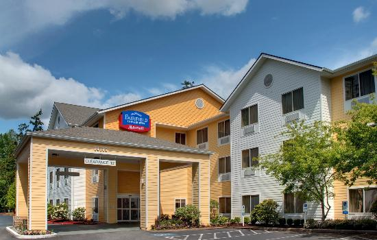 Fairfield Inn & Suites Seattle Bellevue/Redmond: Located minutes from Microsoft Headquarters on the Bellevue-Redmond boarder