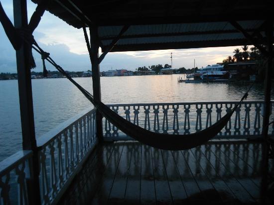 Casa Acuario: hammocks for every room