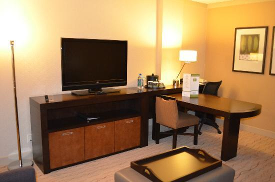 Living room/desk area - Picture of Embassy Suites by Hilton Hotel ...