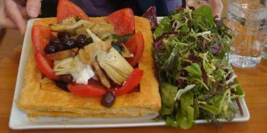 Bread and Roses : The Fabulous Goat Cheese Tart. A technical, aesthetic, and flavor masterpiece.
