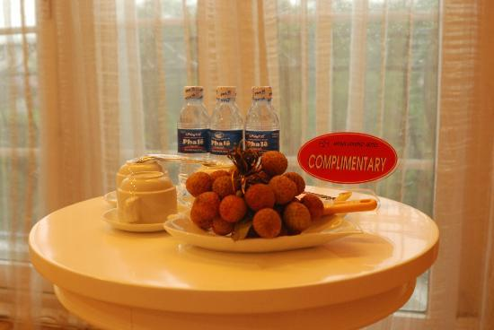 Calypso Grand Hotel: Free Lychee with bottle drink