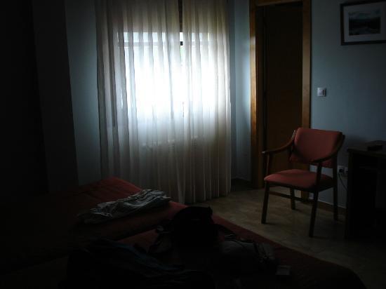 Hostal Europa: habitación