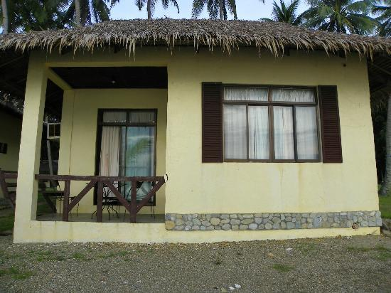 Oceana Beach Resort: Beachfront Villa