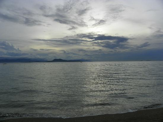 Oceana Beach Resort: Sunrise