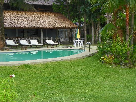 Oceana Beach Resort : Pool area