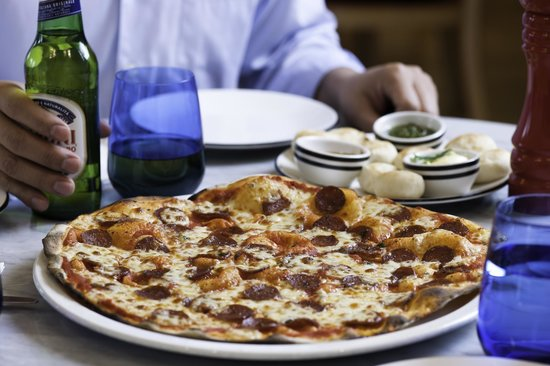 Pizza Express Quarry Bay: American pizza