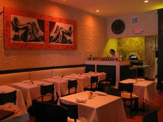 La Locanda Restaurant: interior