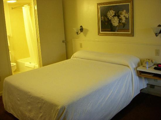 Gillette Motel: Queen bed, but king and two double available
