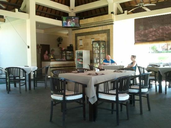 Ocean View Dive Resort Tulamben: dinning