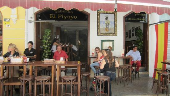 El Piyayo: lunch time