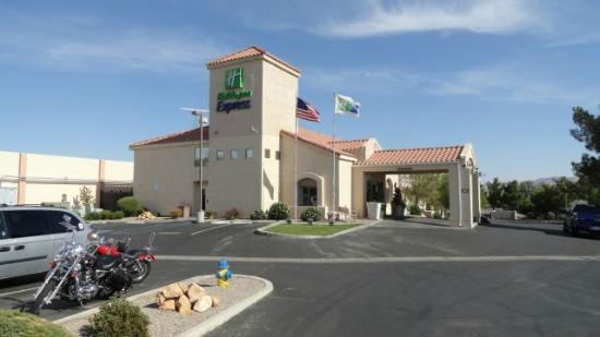 Sleep Inn Barstow on Historic Route 66: M/C friendly