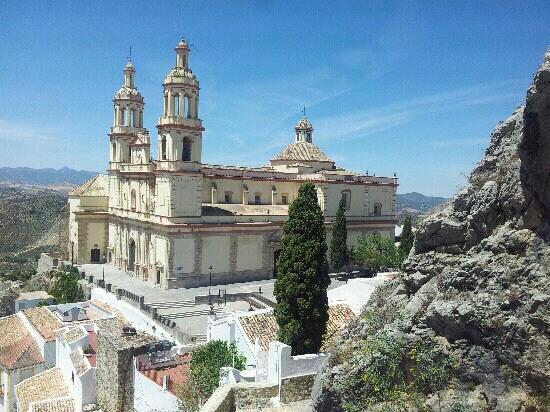 Olvera, Spain: La catedral vista desde la torre