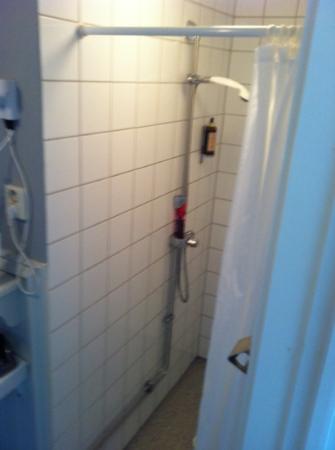 Pensionat Styrso Skaret : shower