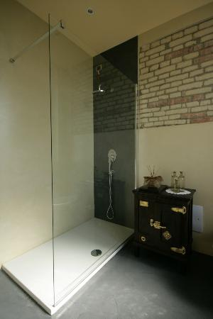Residenza San Vito: Bagno camera junior