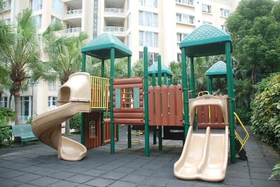 Oakwood Gold Arch Residence Guangzhou: Children Playground