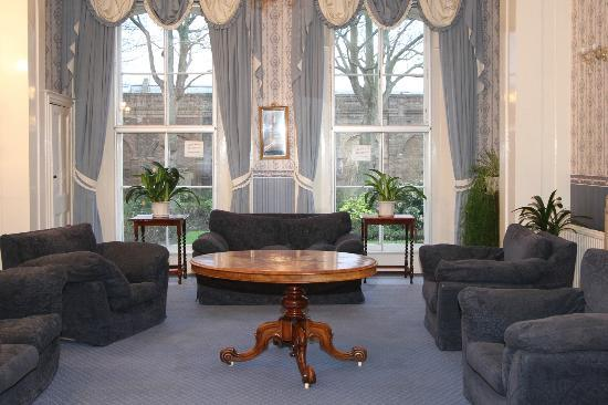 The Highbury Centre: Guest Lounge