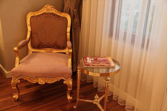 Rixos Pera Istanbul: odadan başka bir köşe