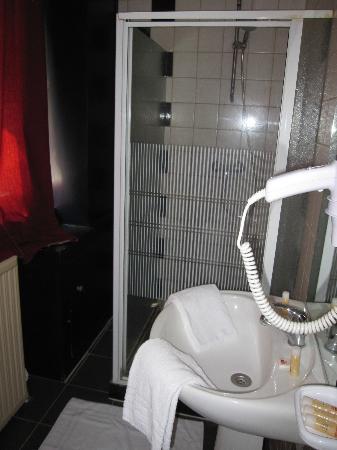 Le Grand Colombier Hotel: Bathroom
