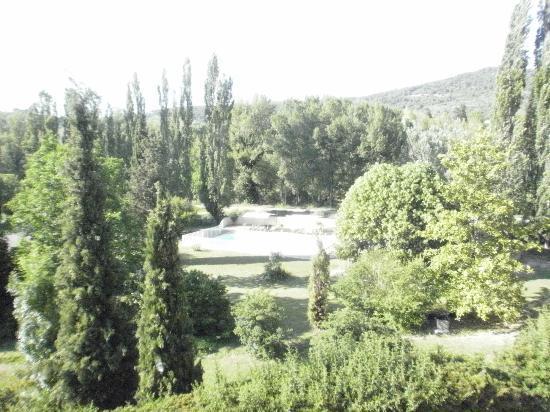 Hotel Le Saint Marc: zicht op zwembad