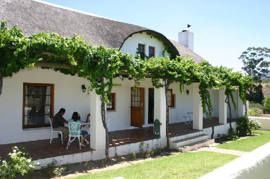 Manley Wine Lodge: cottages