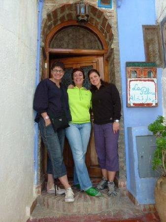 Casa La Palma: Our wonderful host in the middle - Ana