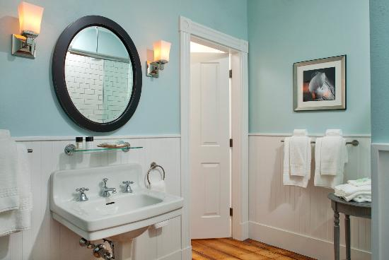Upscale and new bathrooms with shower and tub available.