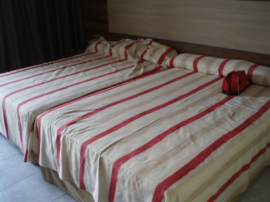 Gran Hotel Europe Comarruga: номер