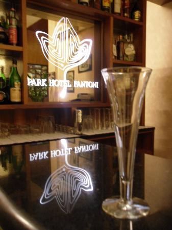 Particolare bar - Foto di Park Hotel Fantoni, Tabiano - TripAdvisor