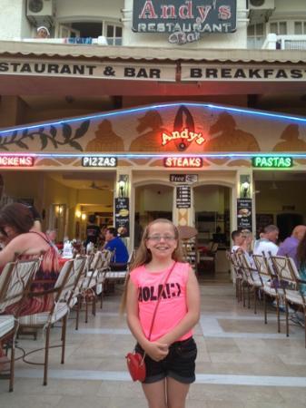 Andy's Restaurant & Bar: fantastic menu and even better food!!!