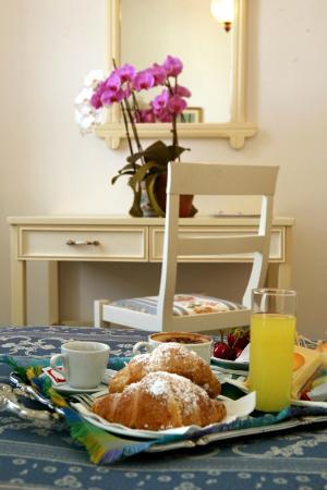 Hotel Villa Margherita: Colazione in camera