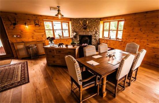 Big Bear Lodge: Dining Room