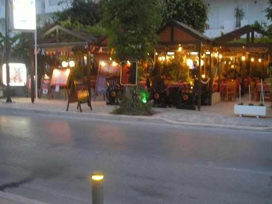 Sunset Taverna: Meals, Cocktails or Desserts and coffee... come and see us