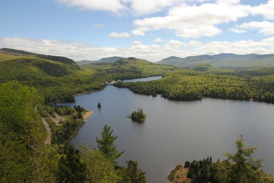 Evasion Gite et Refuges: Lac Monroe ( Parc National du Mont Tremblant)