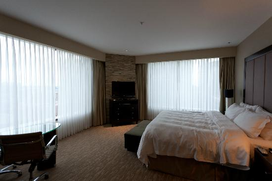 Four Seasons Hotel Denver: The room