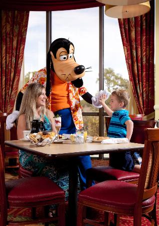 Wyndham Lake Buena Vista Disney Springs Resort Area: Character Breakfast Tuesday, Thursday and Saturday
