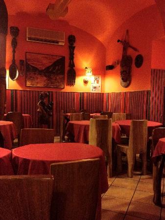 Locale foto di africa ristorante tipico etiopico for Mangiare tipico a roma
