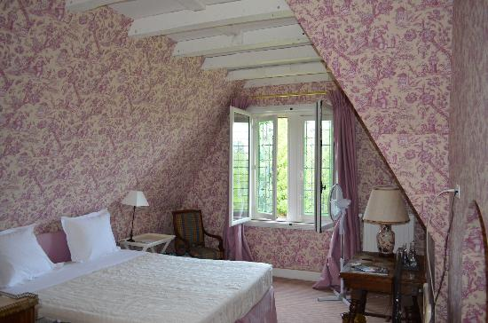 Chateau de la Bourdaisiere: My magical room!