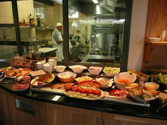 Hotel Le Gerfaut : Buffets d'entrées