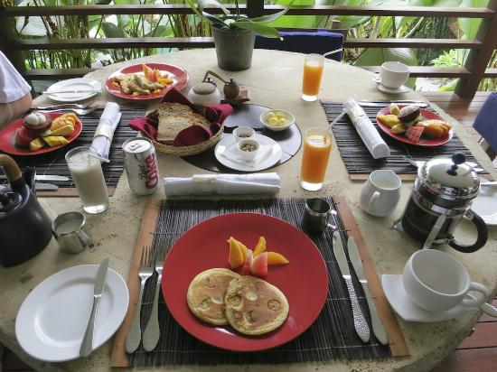 The Purist Villas and Spa: Breakfast again!